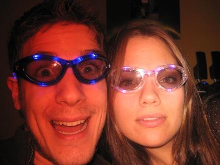 Us glow glasses
