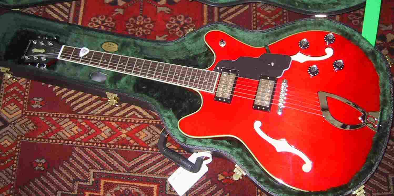 Dearmond starfire guitar 001a